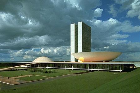 Oscar niemeyer the republic of less - Arquitecto de brasilia ...