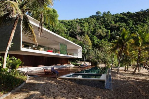 Houses the republic of less page 2 for Beach house design awards