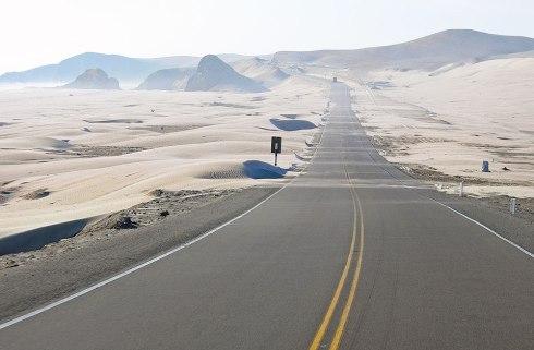 sandswept-desert-road_peru