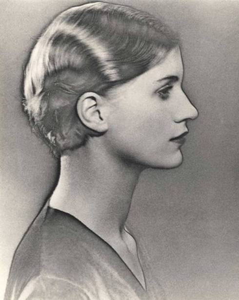 Portrait Man Ray of Lee Miller IMAGE-ONE-T