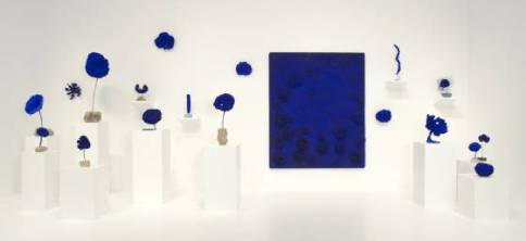 blu yves_klein_blue_sculpture_cover.jpg.w560h258