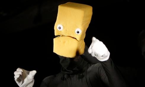 puppet Bruce